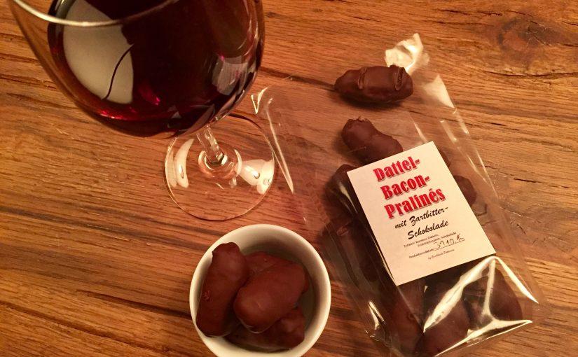 Dattel-Bacon-Pralinés in Zartbitterschokolade