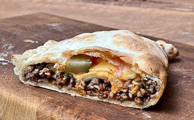 "Cheeseburger-Calzone à la ""Biggernok´s BBQ"" (unbezahlte Werbung)"